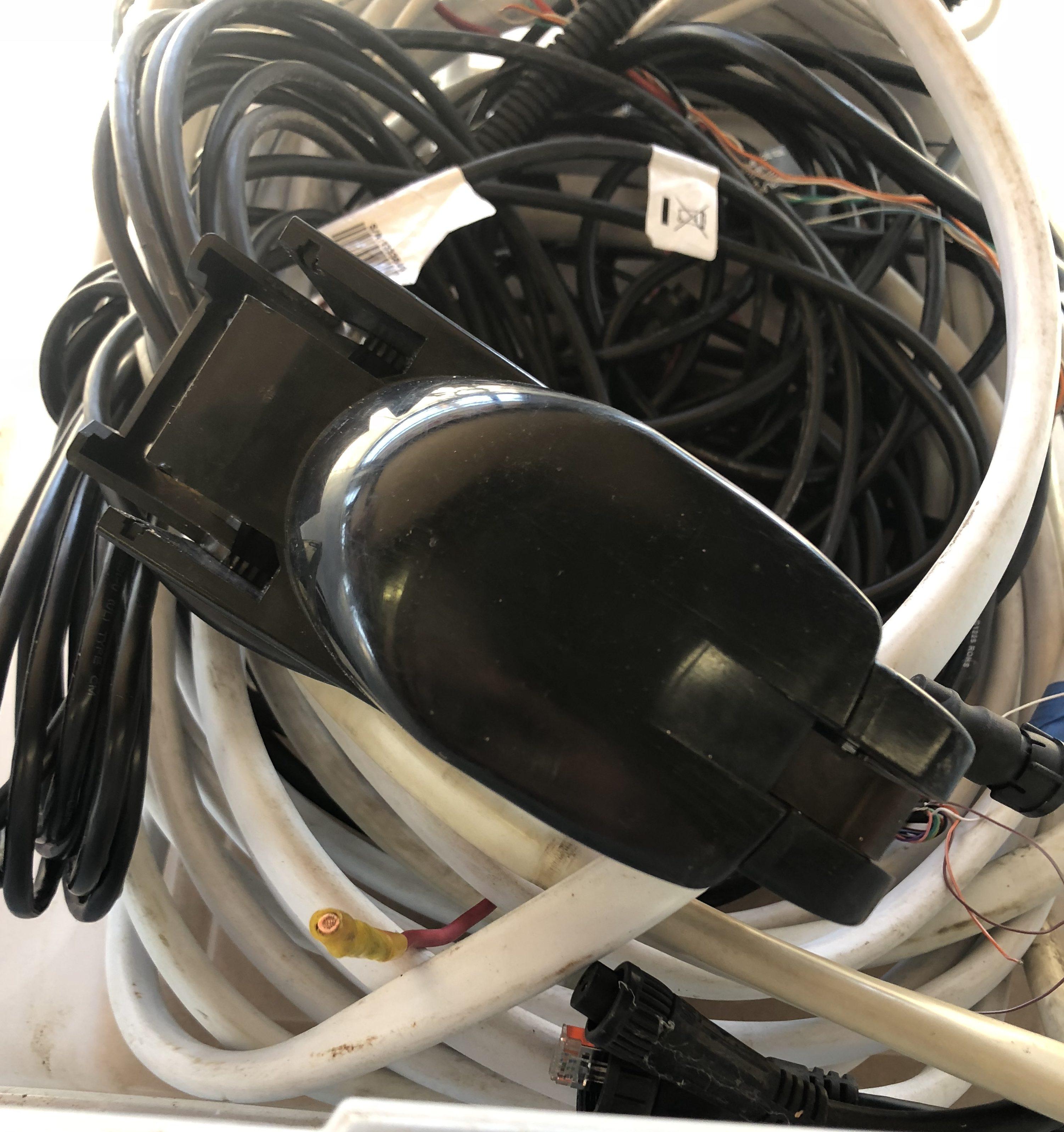 Garmin Gps 18 Pc Wiring Diagram Electrical Schematics Fishfinder Gpsmap 4212 Gmr Radome Gsd 22 Digital Calamp