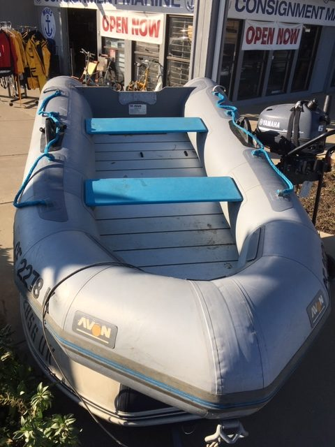 Avon Inflatable - 10ft with Oars and Bag