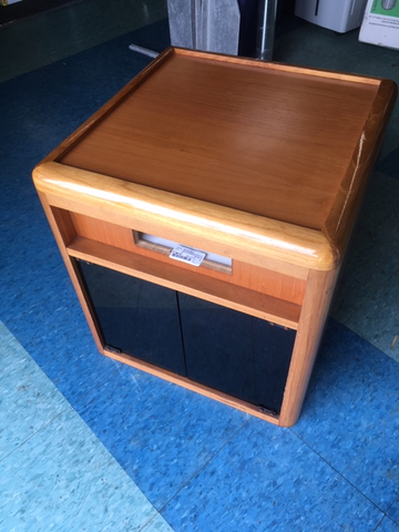 Fine Stereo End Table Cabinet 21 X 21 X 21 Interior Design Ideas Gentotryabchikinfo